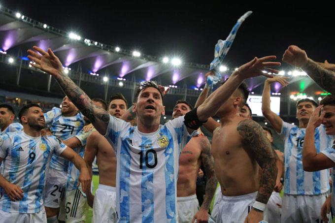 Argentina và Barca đang ở chung tình trạng sa sút và phụ thuộc Messi