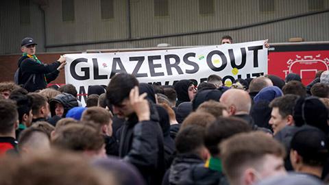 Mua Sancho và Varane có làm thay đổi cái nhìn của fan MU  với Glazer?