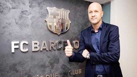 Jordi Cruyff chính thức trở lại Camp Nou