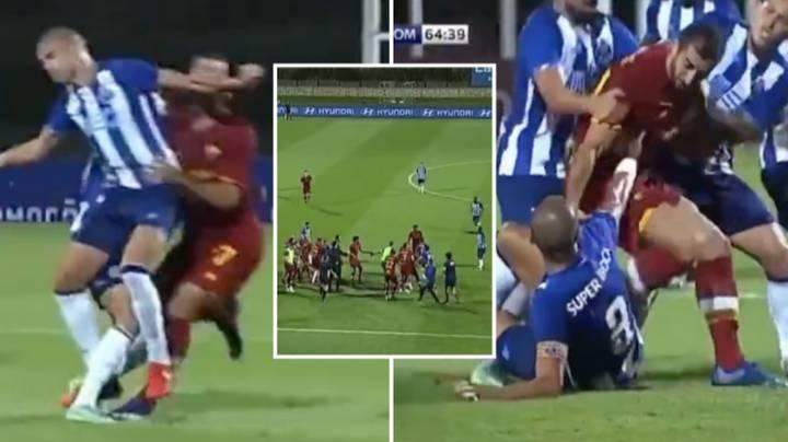 Vụ ẩu đả do Pepe châm mồi trong trận giao hũu giữa Roma và Porto