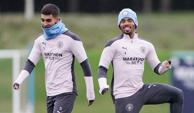 Man City từng tính Jesus và Torres là 2 tiền đạo cho mùa 2021/22