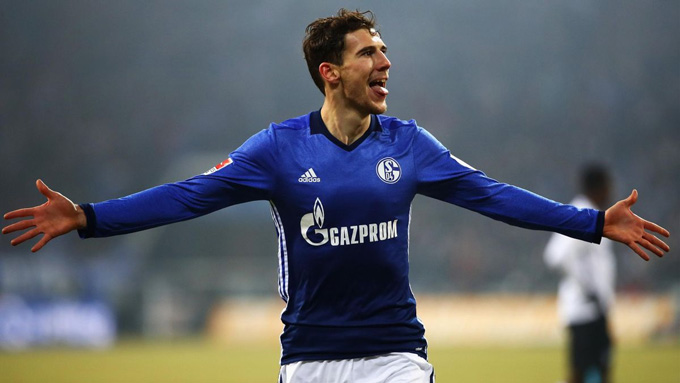 Goretzka thời còn khoác áo Schalke