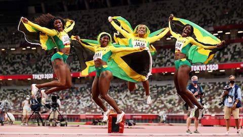 Đội nữ Jamaica và nam Italia thống trị nội dung tốc độ môn điền kinh Olympic Tokyo 2020
