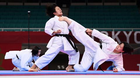 Khac nao nhau vs cho karate taekwondo Nên học