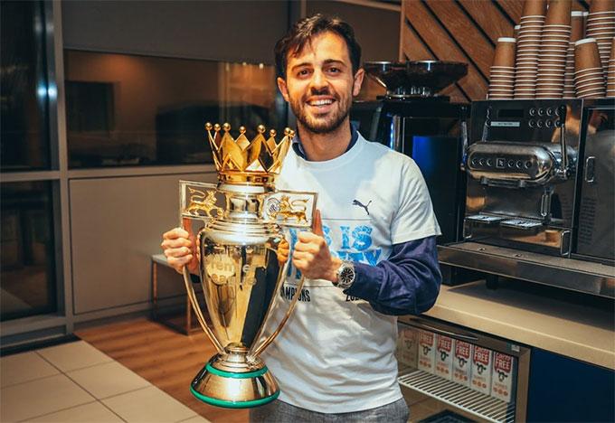 Bernardo Silva đã giành được 10 danh hiệu cùng Man City