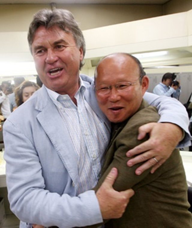 Guus Hiddink từng đươc xem là người thầy của HLV Park Hang Seo nhưng chính ông lại thất bại trước học trò.