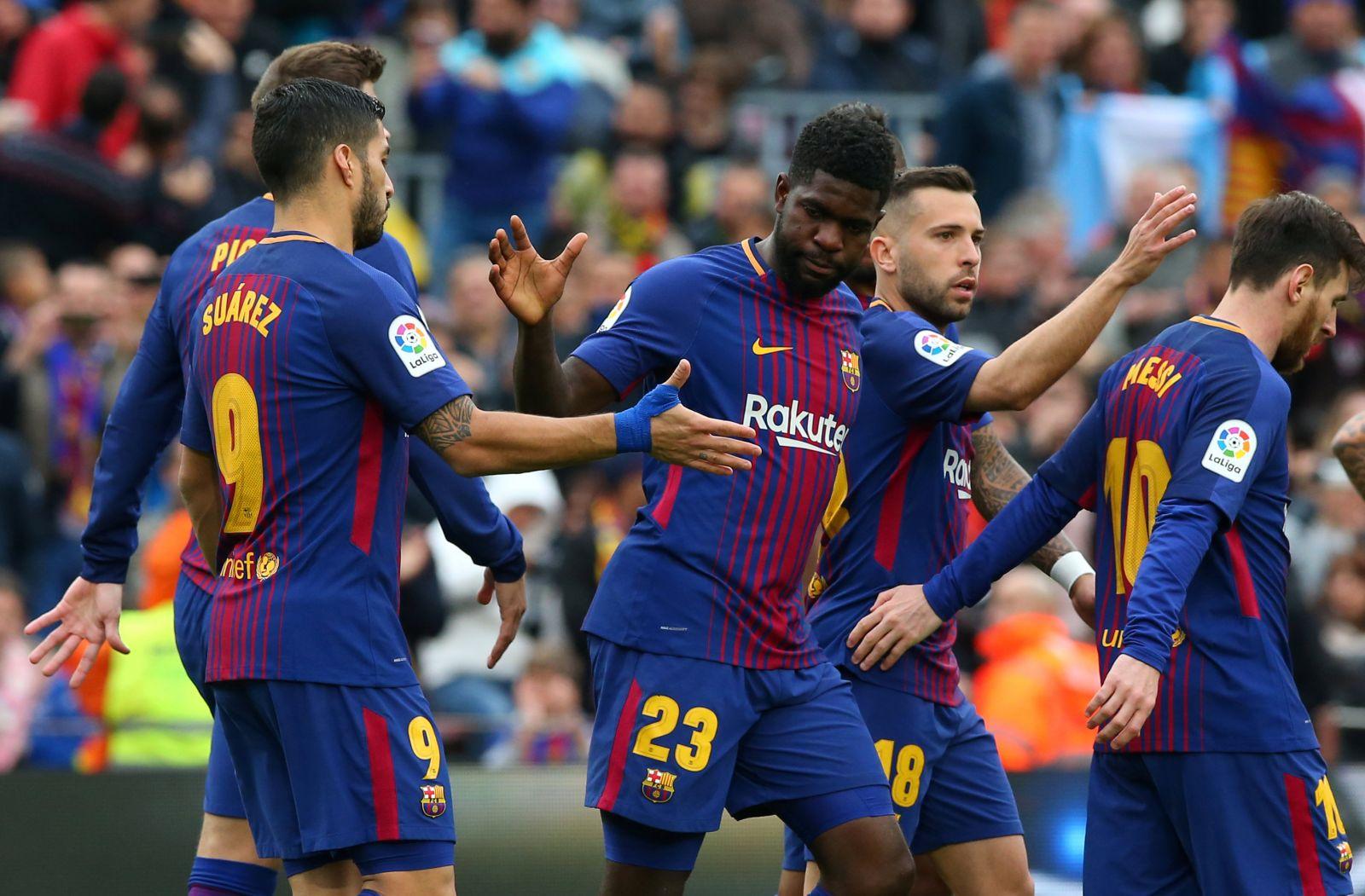 Umtiti ở lại Barca lâu trong khi Suarez và Messi đều đã ra đi