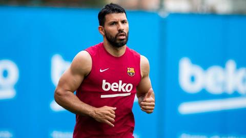 Barca chỉ bán Aguero nếu có đội trả tiền