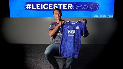 Leicester chiêu mộ thành công trung vệ ngôi sao của Southampton