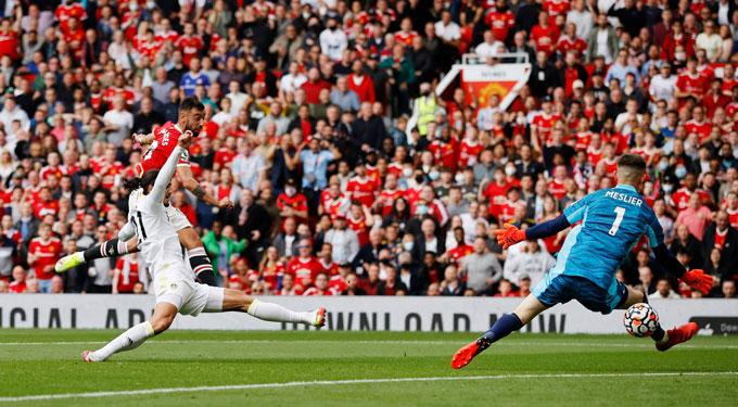 Bruno mở tỷ số trận MU vs Leeds ở phút 31