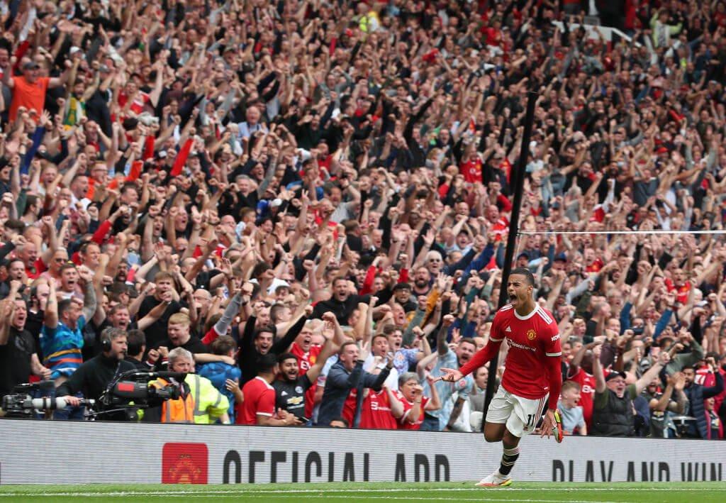 Greenwood đã ghi bàn thắng thứ hai quan trọng giúp Man United lấy lại thế dẫn điểm trước Leeds
