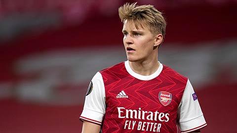 Arsenal từ bỏ Maddison, quay lại với mục tiêu Odegaard