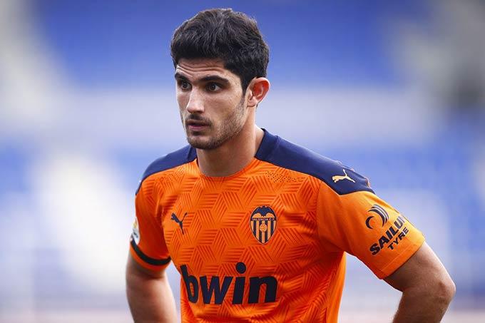Wolves quan tâm đến Goncalo Guedes