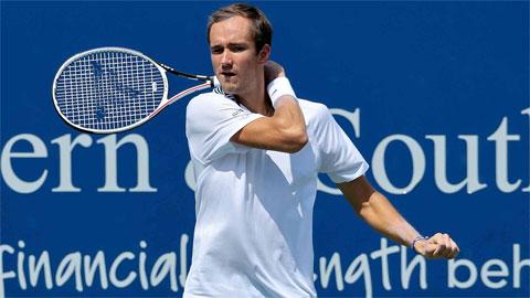 Daniil Medvedev thắng dễ trận đầu Cincinnati Masters 2021