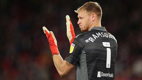 Arsenal sắp mua Ramsdale với mức giá 24 triệu bảng