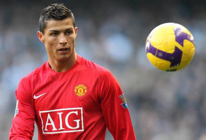 Tình yêu của Ronaldo với MU chưa bao giờ hết