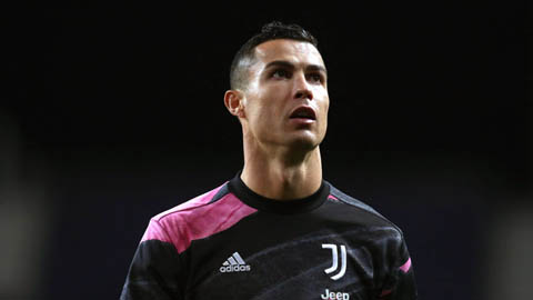 Ronaldo chỉ có thể gia nhập Man City hoặc PSG