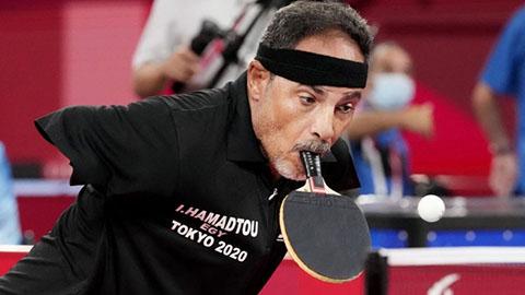Hamadtou, kỳ nhân cụt tay đánh bóng bàn bằng miệng
