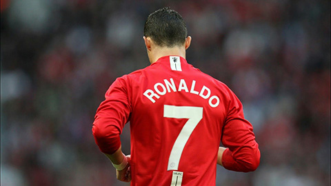 MU nhảy vào tranh Ronaldo với Man City