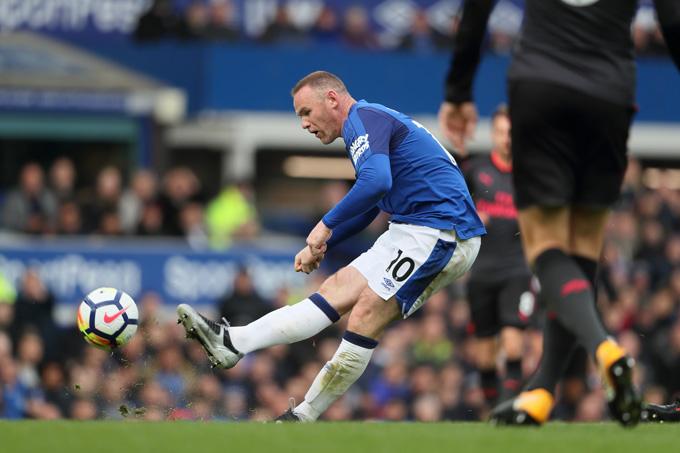Rooney thi đấu 1 mùa cho Everton trong lần thứ 2 khoác áo
