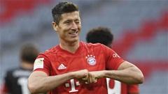 Lewandowski vượt Gerd Mueller, lập kỷ lục ghi bàn 16 trận liên tiếp