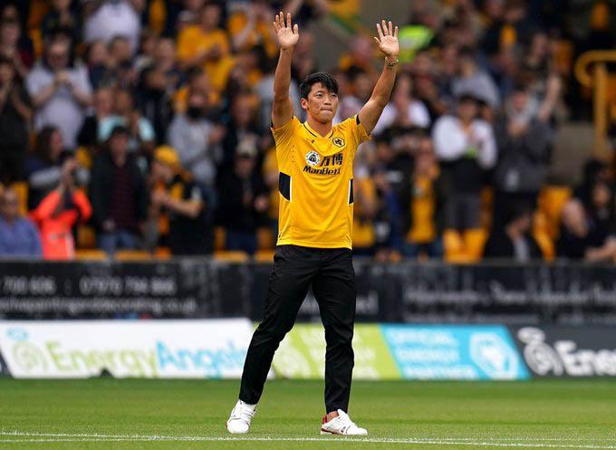 Hwang Hee-chan sẽ thành công ở Wolves như Son Heung-min (Tottenham)?