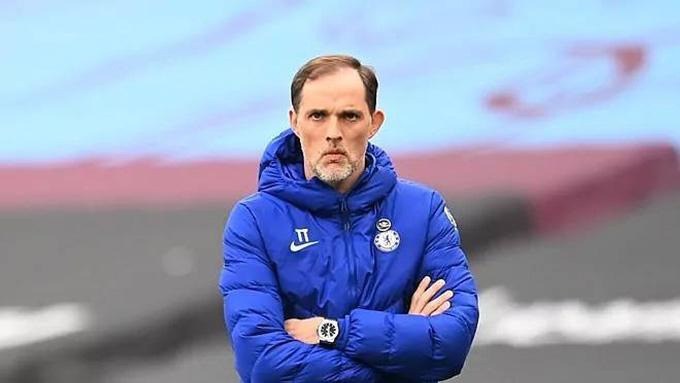 HLV Tuchel đang đau đầu vì hàng tiền vệ của Chelsea
