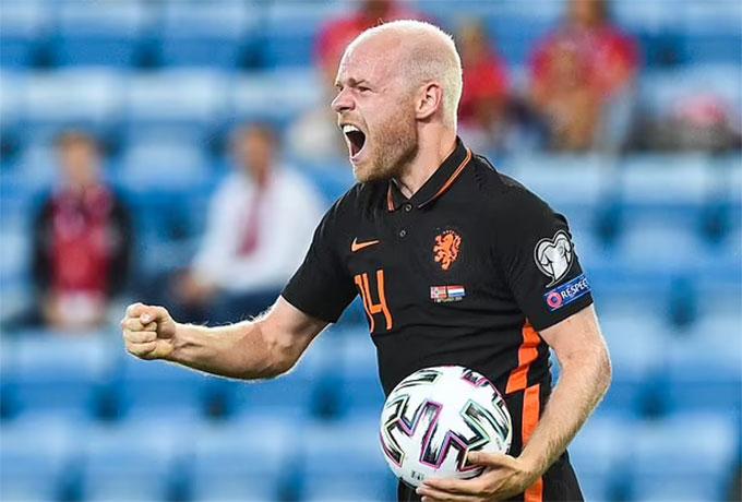 Klaassen gỡ hòa cho Hà Lan trong hiệp 1