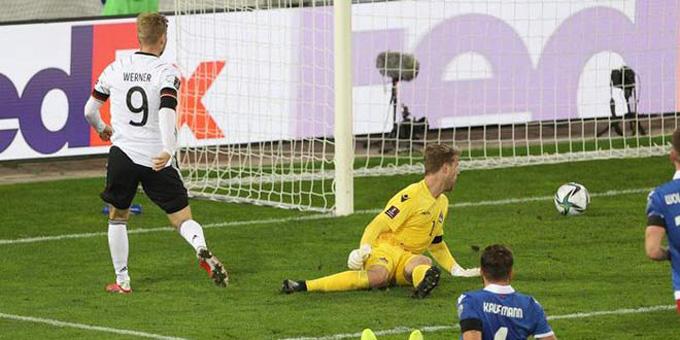 Werner mở tỷ số trận Liechtenstein vs Đức ở phút 41