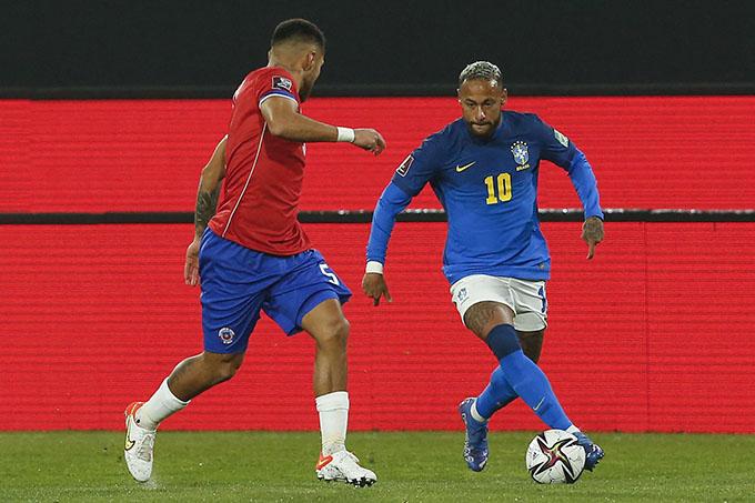 Neymar không tỏa sáng ở trận Brazil thắng Chile