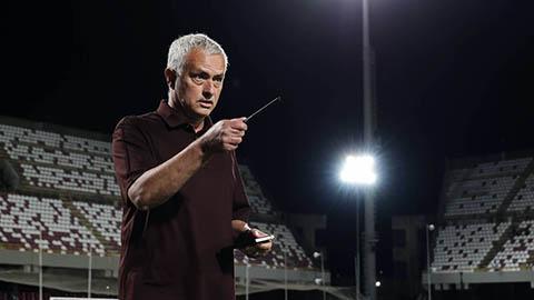 Mourinho thúc giục Xhaka tiêm phòng Covid-19