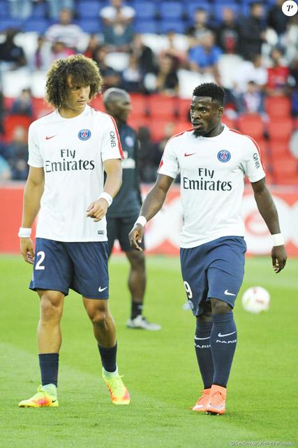 Cả David Luiz lẫn Aurier đều đang thất nghiệp