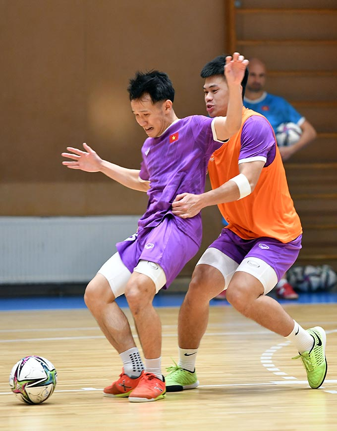 Khối lượng các bài tập sẽ được tăng dần để đảm bảo yếu tố phong độ cho các cầu thủ