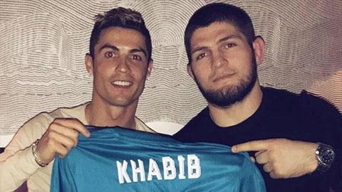 Bạn thân Ronaldo tiết lộ lý do CR7 rời Juventus để trở lại MU