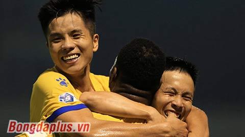 Sau Hải Phòng, Nam Định đứng trước nguy cơ không được dự V.League 2022 do thế nợ