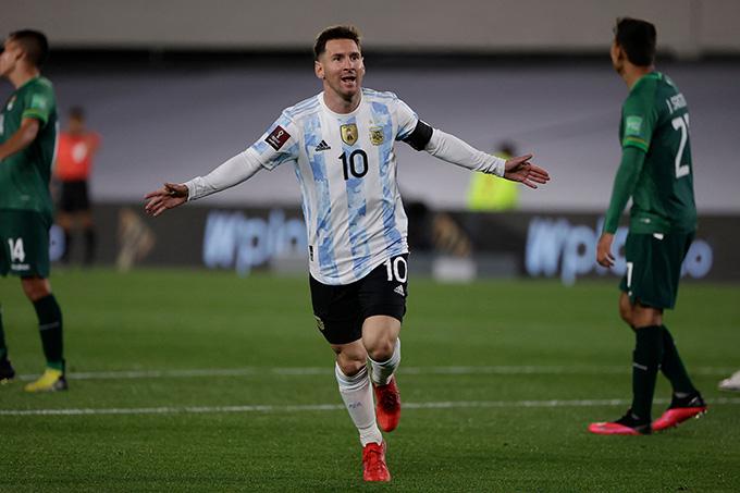 Messi rực sáng trong trận Argentina vs Bolivia