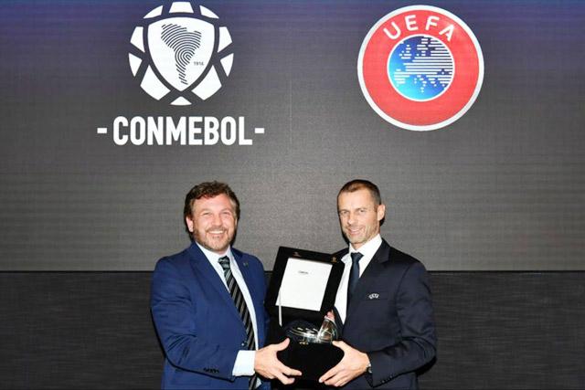 Chủ tịch CONMEBOL và UEFA đều kịch liệt phản đối ý tưởng này.