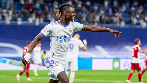 Real Madrid: Camavinga ra mắt như mơ…
