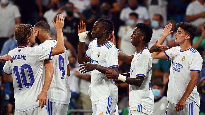 Real thắng tưng bừng Celta Vigo trong ngày trở lại sân Bernabeu