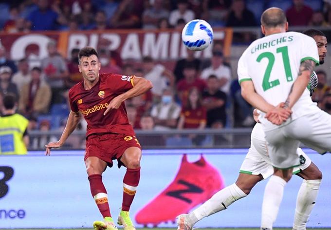 Cú sửa lòng tuyệt đẹp của El Shaarawy mang về chiến thắng cho Roma