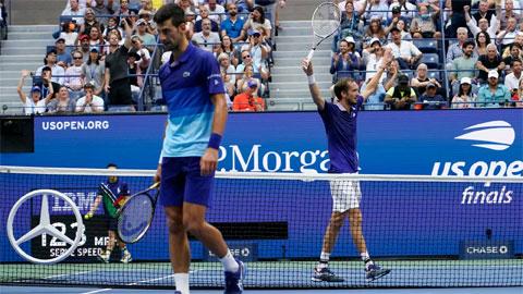 Bí kíp giúp Daniil Medvedev hạ Djokovic ở US Open 2021