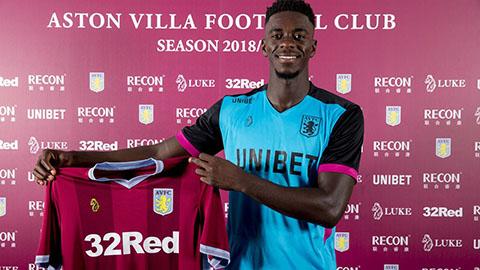 Axel Tuanzebe không muốn quay về Man United
