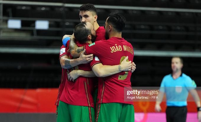 Niềm vui của Bồ Đào Nha khi ghi bàn thắng vào lưới Thái Lan