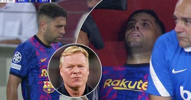 Jordi Alba mặt mày bơ phờ sau khi được thay ra nghỉ
