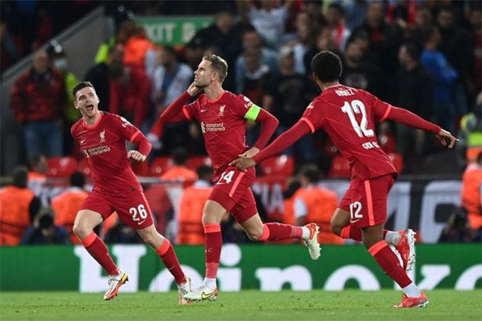 Henderson ấn định thắng lợi 3-2 cho Liverpool