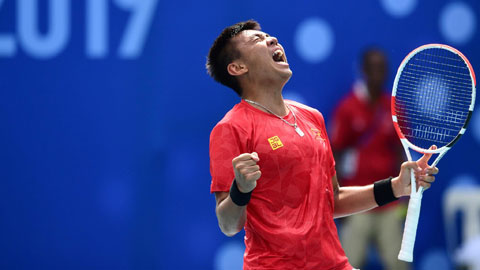 Lý Hoàng Nam giúp đội tuyển Davis Cup Việt Nam tranh play-off