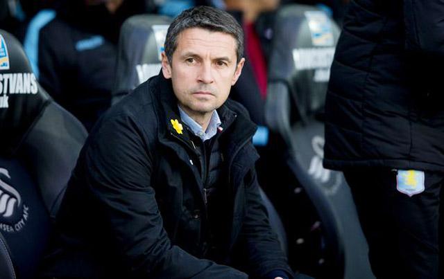 Garde tự chôn vùi sự nghiệp ở Aston Villa