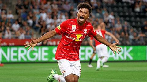 'Kỷ lục gia' Adeyemi mơ ngày trở lại Bayern để sửa sai
