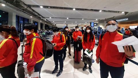 ĐT nữ Việt Nam đã đến Tajikistan sau hơn 1 ngày di chuyển