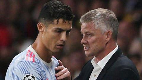 Ronaldo lại cứu Solskjaer!